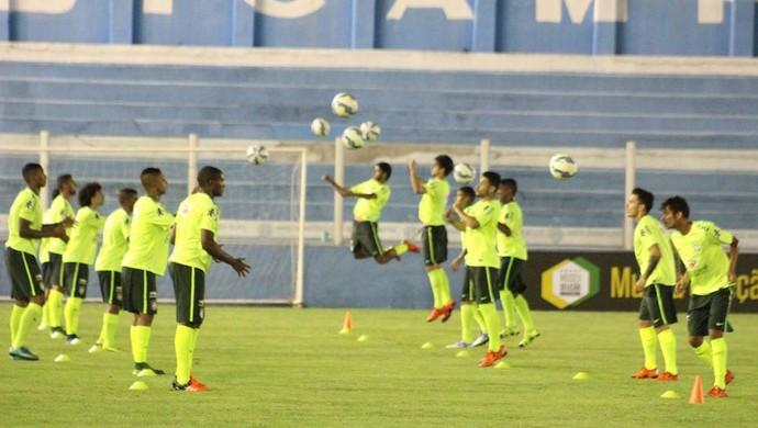 Reservas da seleção brasileira realizaram um treinamento na Curuzu (Foto: Fernando Torres/Assessoria do Paysandu)