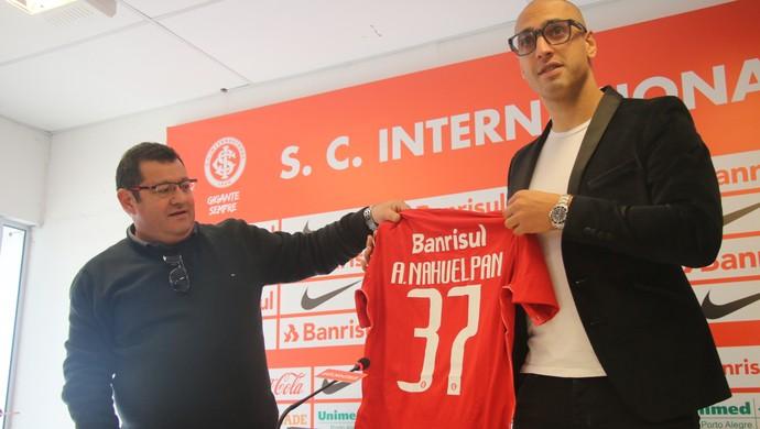 Ariel centroavante Inter (Foto: Tomás Hammes / GloboEsporte.com)