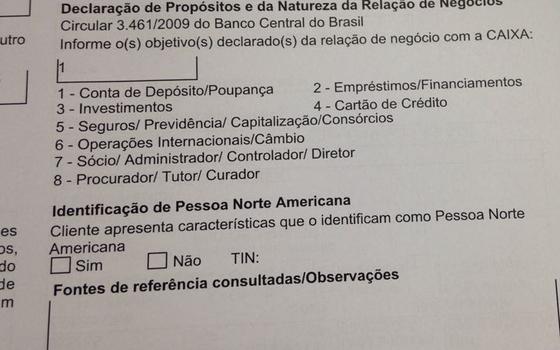 Formulário de abertura de conta usado na CaIxa (Foto:  )