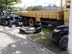 Acidente no bairro Aterrado, em Volta Redonda, RJ (Foto: Carla Rodrigues/Arquivo Pessoal)