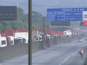 Cônego Domênico Rangoni registra 14 km de congestionamento (Foto: Reprodução/TV Tribuna)