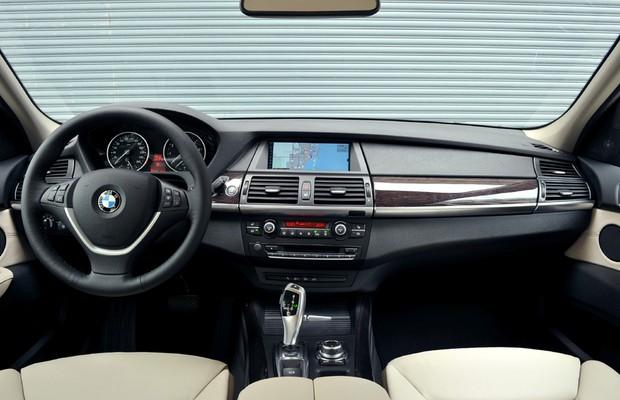 BMW X5 xDrive35i (Foto: Divulgação)