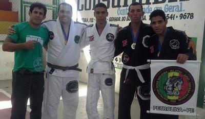 Atletas de Jiu Jitsu de Petrolina conquistam medalhas em competição na Bahia (Foto: Denis Siqueira/ Arquivo Pessoal)