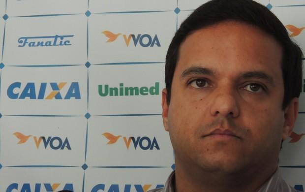 Júlio Rondinelli gerente de futebol Avaí (Foto: Marcelo Silva)