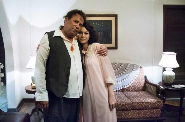 Otávio Müller e Hermila Guedes em cena em 'Cidade proibida' (Foto: Cesar Alves)