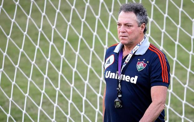 Abel Braga treino Fluminense (Foto: Alexandre Cassiano / Ag. O Globo)
