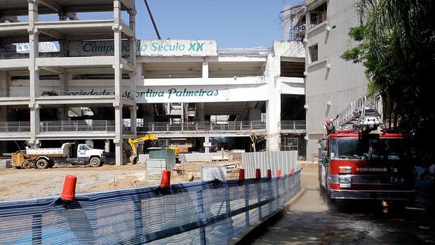 Arena Palmeiras acidente carro de bombeiros (Foto: Nelson Antoine / Ag. Estado)