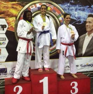 Na categoria Kumitê, Izabela conquista ouro (Foto: Guilherme Ozaki / Arquivo pessoal)