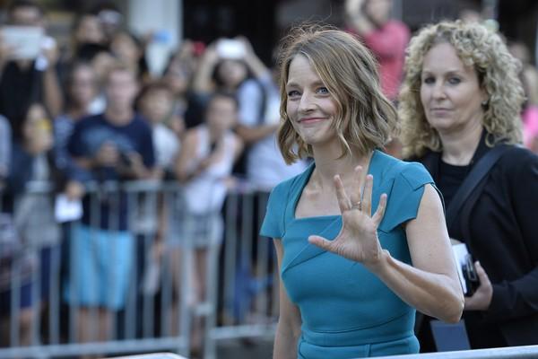 Além de atriz e diretora, Jodie Foster também estudou Francês na Universidade Yale, nos Estados Unidos. Ah! E como se não bastasse, ela aprendeu a ler sozinha aos 3 anos de idade. (Foto: Getty Images)