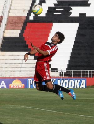 Daniel Borges, lateral-direito do Botafogo-SP (Foto: Rogério Moroti/Ag. Botafogo)