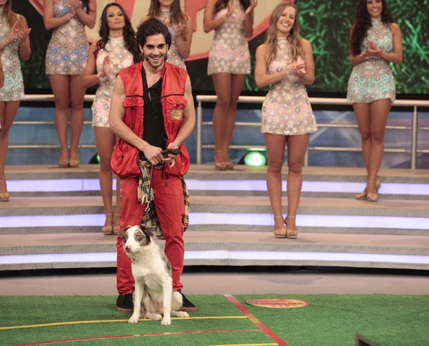 Fiuk e Gaia na estreia do Cachorrada VIP (Foto: Domingão do Faustão / TV Globo)