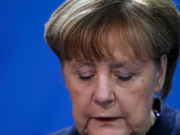 Chanceler alemã, Angela Merkel, afirmou que atropelamento em feira de Natal em Berlim foi um ataque terrorista (Foto: Hannibal Hanschke/Reuters)
