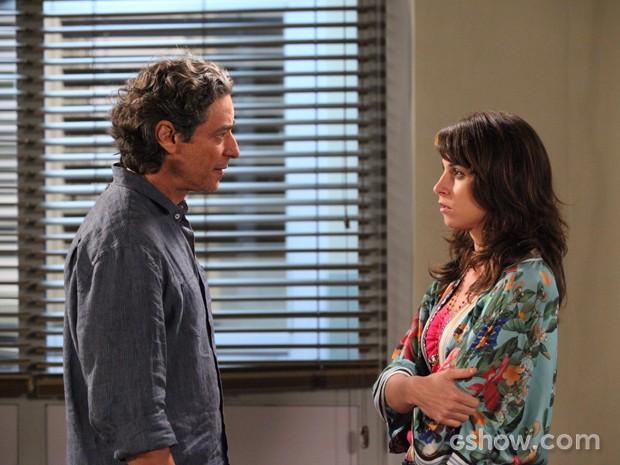 Manu corta relações com Fred (Foto: Carol Caminha / TV Globo)