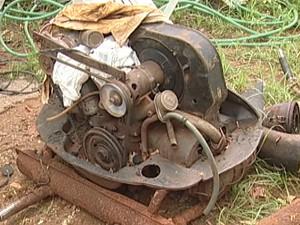 Uberaba apreensão veículos abandonados busca e apreensão Polícia Civil (Foto: Reprodução/ TV Integração)
