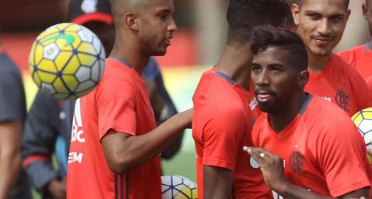 papo com a torcida (Gilvan de Souza/ Flamengo)