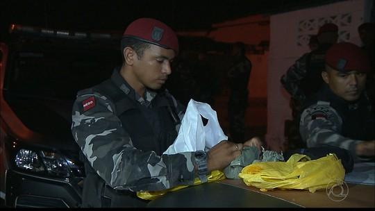 Dinamite, drogas e arma são apreendidas e jovens são detidos em João Pessoa