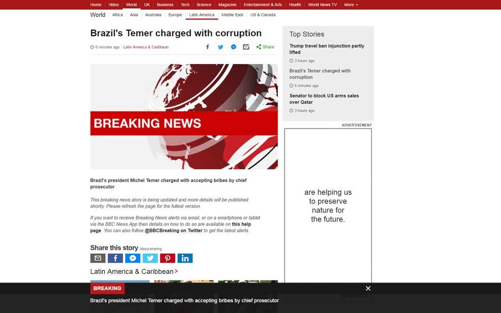 Site da BBC tem alerta de 'breaking news' sobre denúncia contra Michel Temer (Foto: Reprodução/BBC)