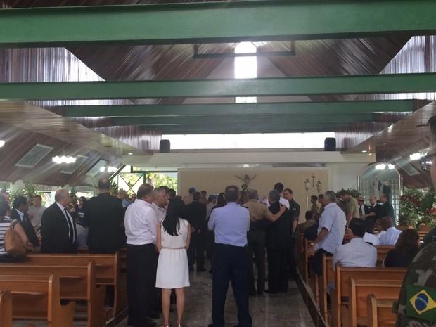 General viajava de Miami para Manaus quando passou mal e morreu no avião (Foto: Carolina Sanches/G1)