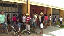 Em PE pais dormem na fila para garantirem vaga na rede pública (Reprodução/TV Grande Rio)