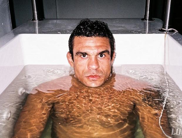 Vitor Belfort banheira de gelo (Foto: Reprodução/Twitter)