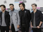One Direction chega ao Brasil para shows