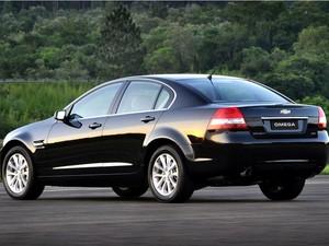 e055113556c Auto Esporte - Chevrolet Omega entra em recall por falha na chave de ...