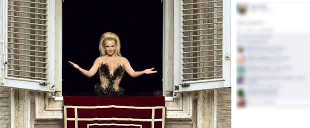 Usuário no Facebook postou montagem que mostra a cantora Britney Spears sendo anunciada como papa (Foto: Reprodução)