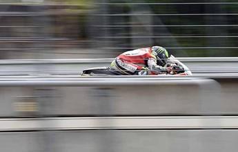 BLOG: Mundial de Motovelocidade - Testes na República Checa - Um dia depois do Grande Prêmio, a chuva vai embora e Jorge Lorenzo é o mais veloz...