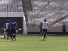 Jogadores corintianos conhecem novo estádio do Itaquerão