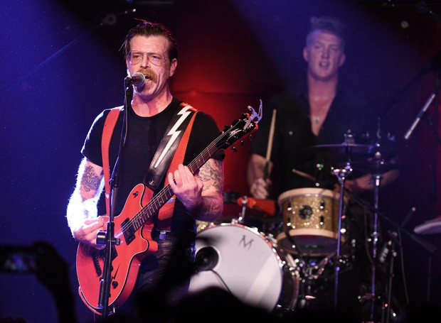 Eagles of Death Metal, em foto de arquivo de show recente na Califórnia (Foto: Kevin Winter/Getty Images/AFP)