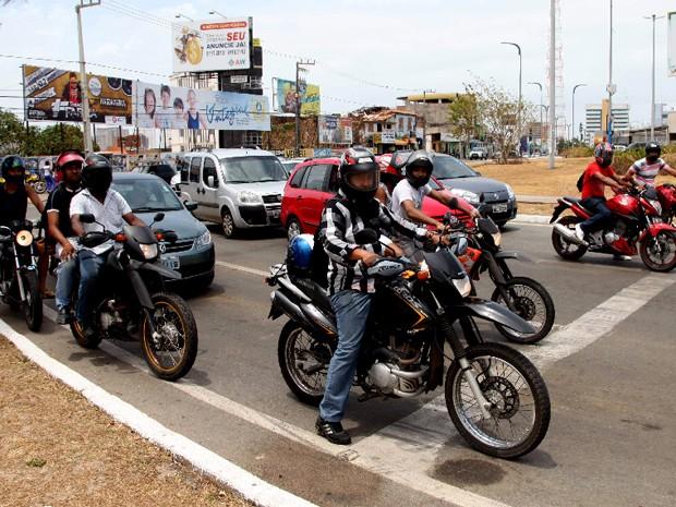 2013 pode se encerrar com uma frota de 80 mil motocicletas em circulação na cidade. (Foto: Biaman Prado/O Estado)