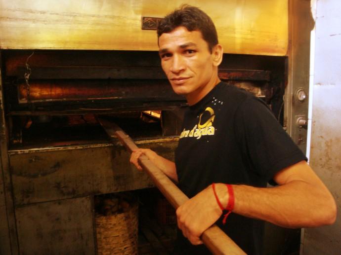 Ronaldo Angelim padeiro (Foto: Globoesporte.com)