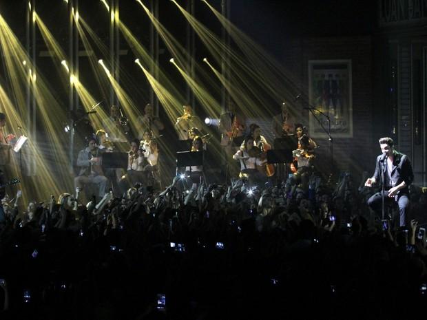 Luan Santana em gravação de DVD acústico em São Paulo (Foto: Paduardo/ Ag. News)