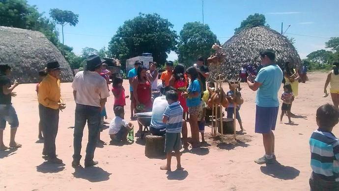 O evento ajuda na preservação da cultura do povo paresi, e os preparativos movimentam toda aldeia (Foto: Arquivo pessoal)