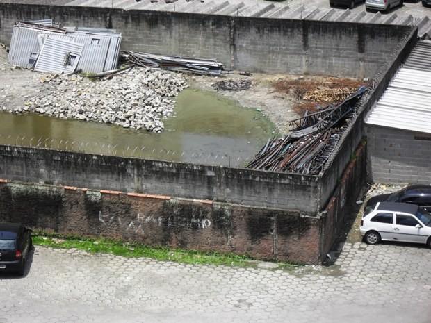 2d37221b86e6e O local está abandonado há mais de três meses (Foto  Carlos Alberto Paiva