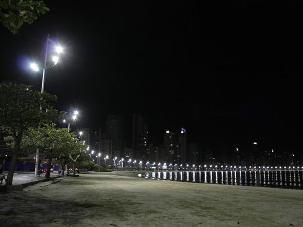 Avenida Atlântica é um dos principais locais frenquentados por turistas (Foto: Celso Peixoto/Divulgação)