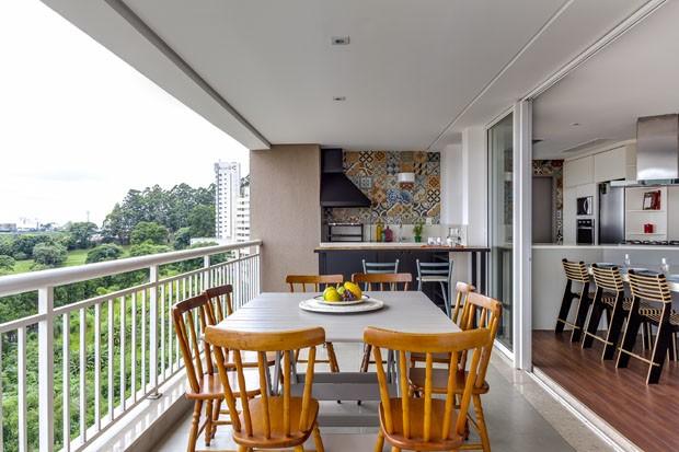 Fotos De Sala De Estar Apartamento ~ Apartamento de 120 m² com sala cozinha e varandas integradas (Foto