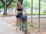 Vanessa Alcântara faz ensaio inspirado no Dia Mundial Sem Carro