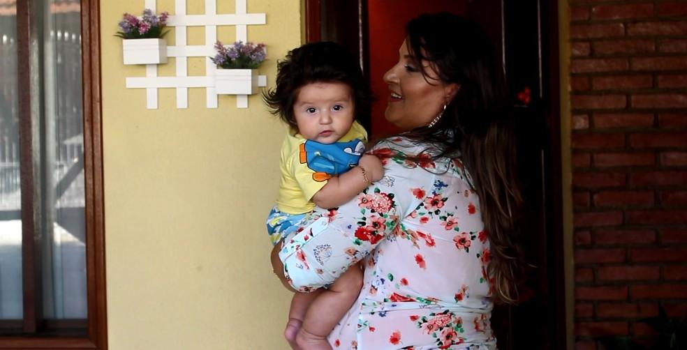 Elaine tratou câncer no útero antes de engravidar do Heitor (Foto: Carlos Dias/G1)