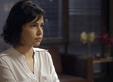 Vanessa revela a Pedro segredos do escritório de Tião