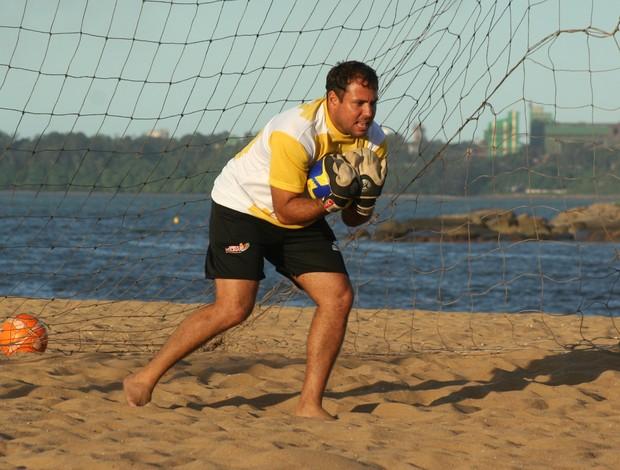 Marcelo, goleiro da seleção de Vitória de futebol de areia (Foto: Divulgação/Pauta Livre)