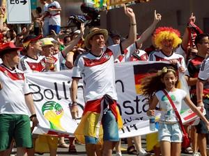 Alemães fazem a festa na Arena Fonte Nova (Foto: Yuri Girardi/G1)