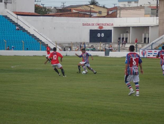 Maranhão e Imperatriz se enferntaram no Estádio Nhozinho Santos (Foto: Bruno Alves/Globoesporte.com)