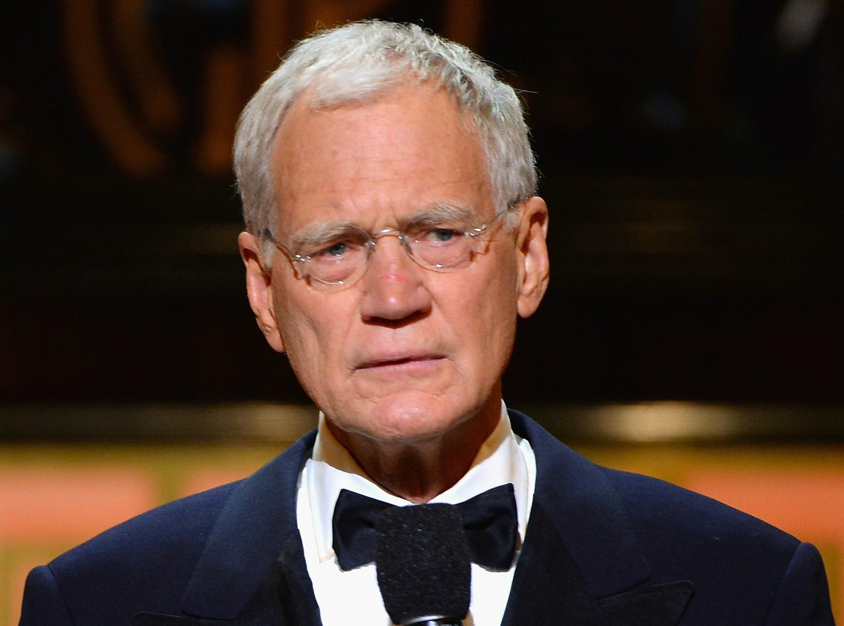 David Letterman deixou de lado o humor indefectível de apresentador de talk show para, no ar, pedir desculpas à esposa e ao público pela quantidade amantes que teve. (Foto: Getty Images)