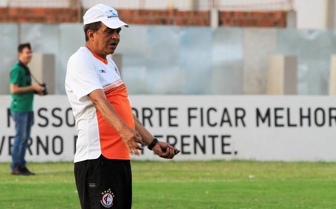 Francisco Diá, Campinense, treinamento, Amigão (Foto: Nelsina Vitorino / Jornal da Paraíba)