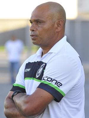 Mauro Soares, técnico do Rio Branco-ES (Foto: Guilherme Ferrari/A Gazeta)