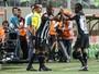 """Lédio rasga elogios a Cazares e avalia que """"Atlético-MG não está pronto"""""""