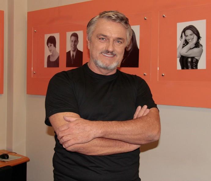 Werner Schünemann nos bastidores do 'Domingão do Faustão' (Foto: Marcos Mazini/Gshow)