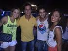 Alinne Rosa apresenta atual namorado ao ex Rafael Almeida