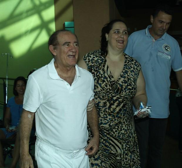 renato acompanhado da mulher (Foto: foto rio news)
